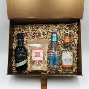 LARGE GIFT BOX / HAMPER